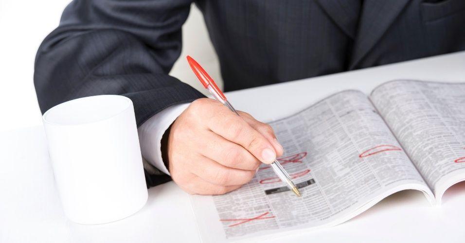 Cobrar por uma entrevista de emprego, é correto?
