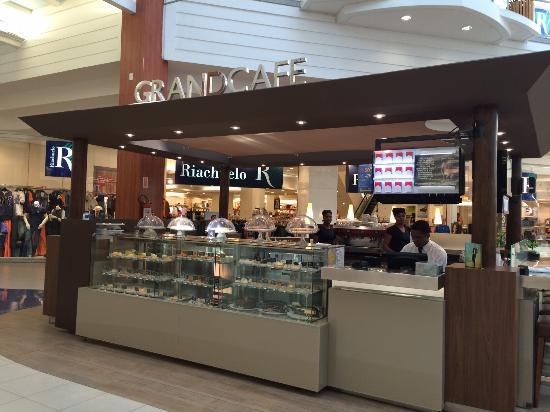 Vaga Cafeteria no Shopping Bela Vista para Auxiliar de Cozinha