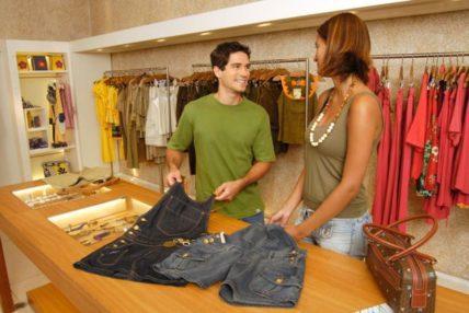 Vaga: Vendedor De Loja em Shopping