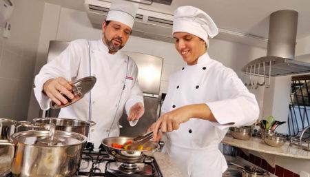 Cozinheiro Hamburgueria
