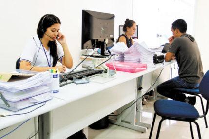 Escritório em Salvador contrata Recepcionista