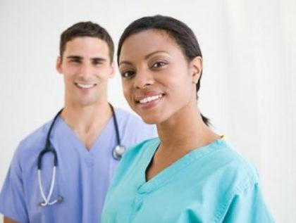 Técnico de Enfermagem para UTI