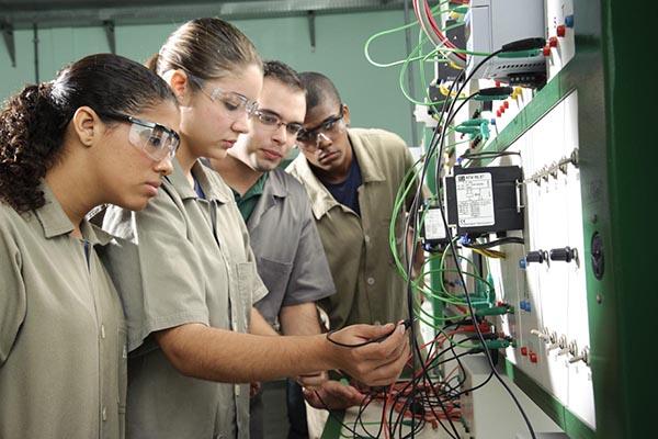 [VAGA2018] – SUA CHANCE: SENAI oferece 481 bolsas de estudo integrais para cursos técnicos
