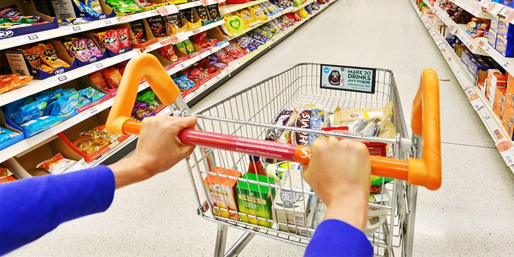 São 12 supermercados para vocês enviar seu currículo, veja!